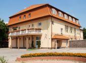 Hotel a Reštaurácia ELSA  Močenok